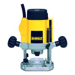 DeWalt 900 Watt Oberfräse DW615-QS