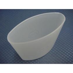 Behälter zu Milchbehälter