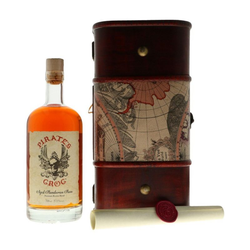 Pirate's Grog Golden Rum - Personalised Gift Chest 0,70L (37,50% Vol.)