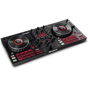 Numark Mixtrack Platinum FX - DJ Controller / DJ Pult für Serato DJ mit 4-Deck Kontrolle, integriertem Audio Interface, Jogwheel-Displays und Effektpaddeln