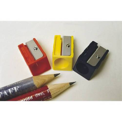 Bleistiftspitzer für dicke Stifte farbig sortiert