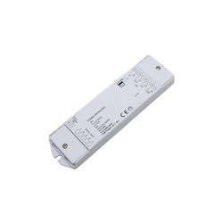 4 Kanal RGB(W) Signal Repeater 12-36V DC 4x3A Verstärker