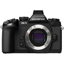 Olympus OM-D E-M1 Mark II + 12-100 mm Pro