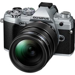 Olympus OM-D E-M5 Mark III Systemkamera (M.Zuiko Digital ED 12-40mm F2.8 PRO, 20,4 MP, Bluetooth, NFC) schwarz