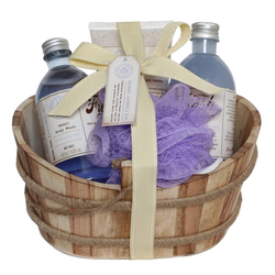 GLOSS! Geschenk-Set, mit u.a. Shampoo und Showergel