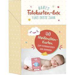 Babys Fotokarten-Box fürs erste Jahr