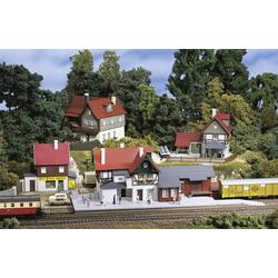 Auhagen 15303 TT Startset Spielhausen