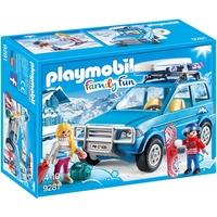 Playmobil Family Fun Auto mit Dachbox