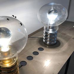 Ingo Maurer LED Tischleuchte Bulb Designklassiker 1966
