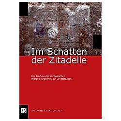 Im Schatten der Zitadelle - Buch