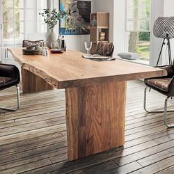 Massivholztisch mit Baumkante rustikal