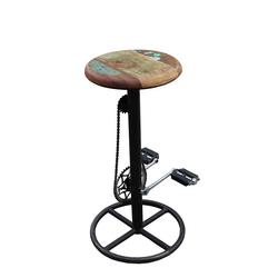 Hocker mit Fahrradkette Industriedesign