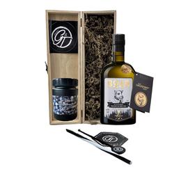 Boar Gin & Botanical Box