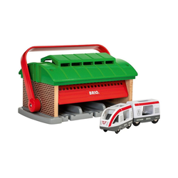 BRIO® Spielzeug-Eisenbahn Mitnehm-Lokschuppen mit Reisezug