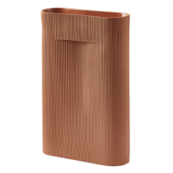 Ridge Vase 48.5 cm Terrakotta  Muuto