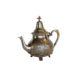 Casa Moro Teekanne Marokkanische Teekanne Marrakesch Silber mit 4 Füßen, wiederaufbereitete alte Messing-Kanne aus Marokko, mit arabischen Mustern verziert, TA6028, 1 l