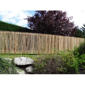Gartenwelt Riegelsberger Premium Staketenzaun aus Kastanie Kastanienzaun Rollzaun Lattenzaun Holz-Zaun Lattenabstand 4-6 cm Zaunlänge 2,5 m Höhe 150 cm