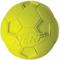 Nerf Dog Hundespielzeug Fussball mit Quietschgeräusch, farblich sortierte Lieferung grün oder blau, 8,2cm