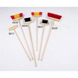 Holzbesen schwarz/weiss 6609