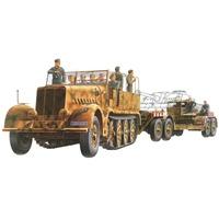 TAMIYA 300035246 - WWII Sonderkraftfahrzeug Famo mit Panzertieflader 1:35