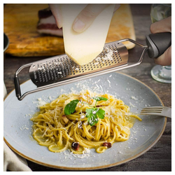 JI-ROC Multitool Parmesanreibe Zitronenreibe Ingwerreibe Muskatreibe - Reibe aus Edelstahl mit Schutzabdeckung und Silikon Griff gelb