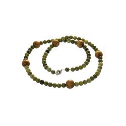 Bella Carina Perlenkette Jade mit Holz hell 85 cm