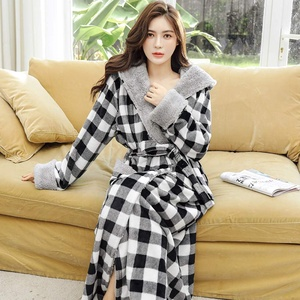 HAIBI Damen Bademantel Winter Karo Extra Lange Dicke Warme Flanell Bademantel Plus Größe Koralle Fleece Kimono Kapuzen Braut Robe, L