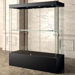 Ausstellung Vitrine schwarz 160 x 60 cm
